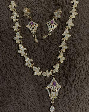 Necklace earrings set for Sale in Franklin, TN