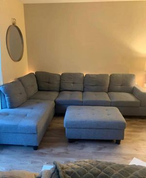 Sectional couch for Sale in Peoria, IL