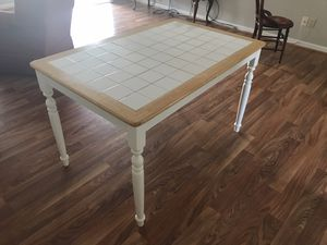 Kitchen table for Sale in Mount Airy, MD