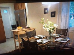 Kitchen table and chairs for Sale in Bowie, MD