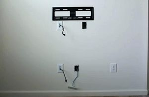 Add outlet $80 hide those wires for Sale in Colton, CA