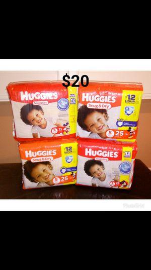 Huggies Snug & Dry size 5 diapers pampers for Sale in Santa Fe Springs, CA