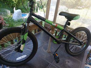 Bmx krash x madness bike for Sale in Cleveland, OH