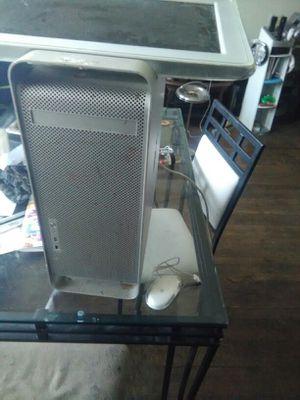 Apple computer. for Sale in Grosse Pointe Park, MI