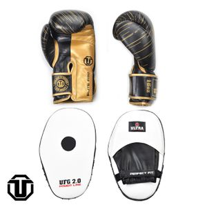 18oz boxing glovee and focus pads for Sale in Oakland Park, FL