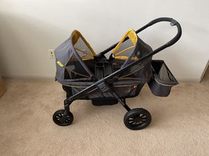 Evenflo Pivot Xplore All-Terrain Off-Road Double Stroller Wagon for Sale in Houston, TX