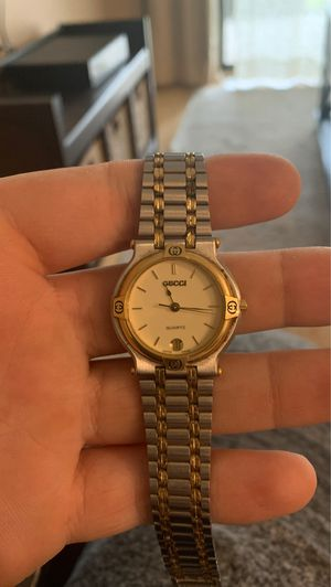 Gucci watch for woman for Sale in Brandon, FL