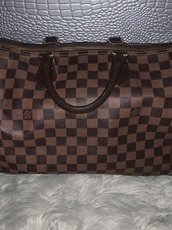 Louis Vuitton Speedy 35 (authentic) for Sale in Boston,  MA