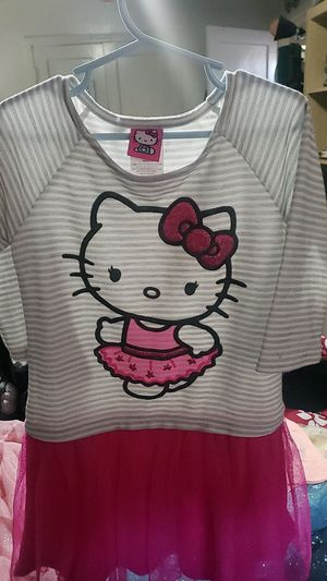 Hello kitty dress size 6 for Sale in Campbell, CA