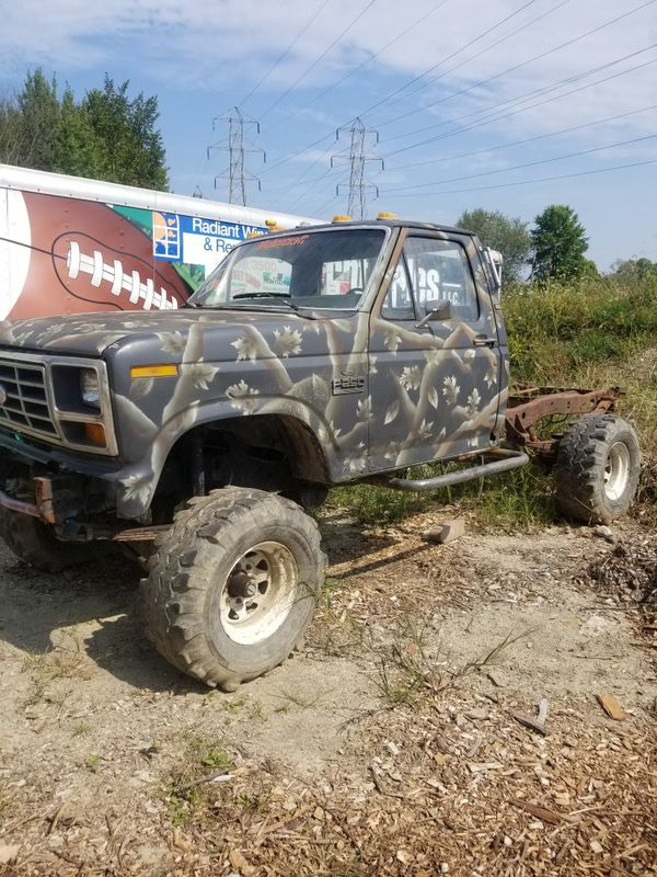Mud truck big block 460 runs has mods and is cammed
