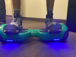 *CHEAP* Green Hoverboard (With Charger) *Like New* for Sale in Las Vegas, NV