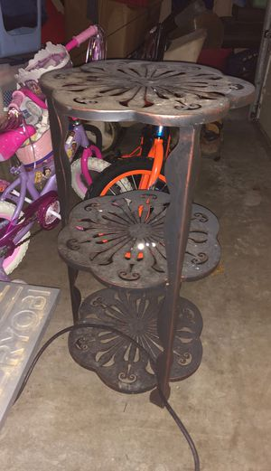 Plant stand for Sale in Federal Way, WA
