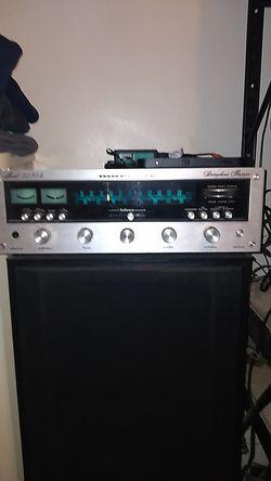 Marantz 2230b receiver..mint condition for Sale in Camden,  NJ