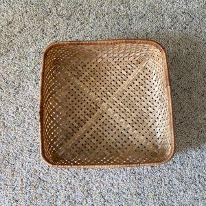 ‼️Square Rattan / Wicker Basket‼️ for Sale in Edgar, WI