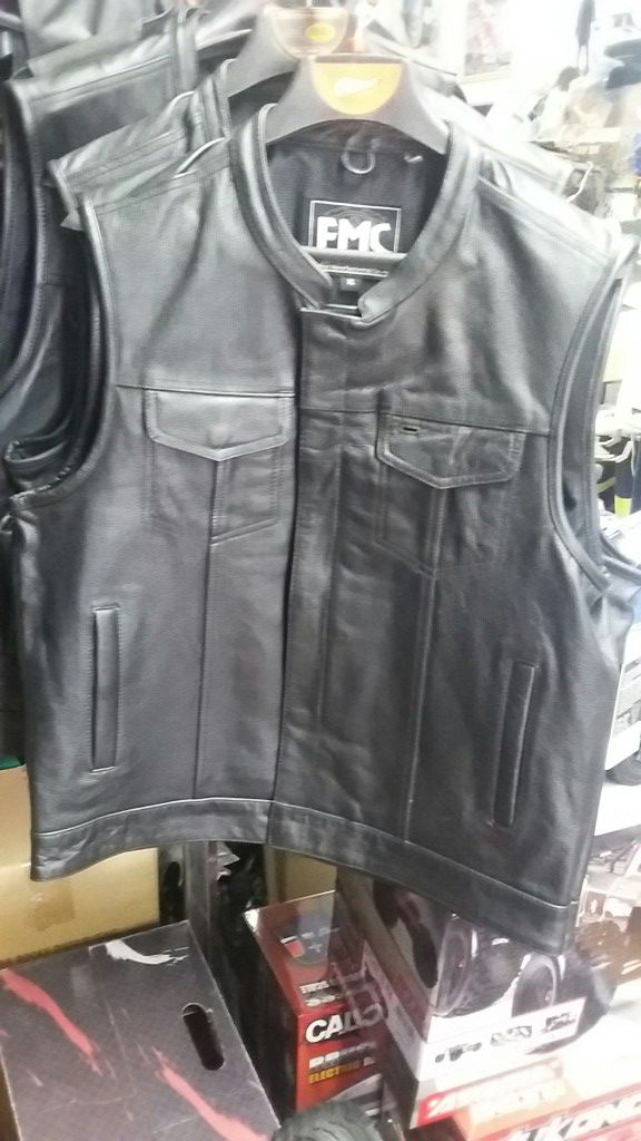 High quality motorcycle club leather vest. real leather