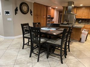 Kitchen table with 6 chairs for Sale in San Jose, CA