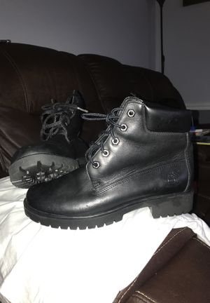 timberlands black leather boots for women size 7 1/2 for Sale in Aspen Hill, MD