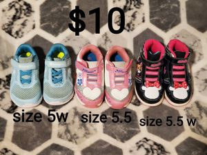 Toddler shoes size 5/5.5 for Sale in Fresno, CA