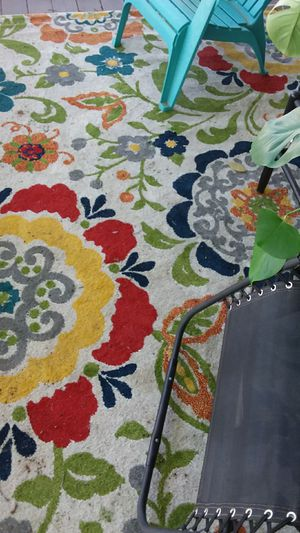 4 9x7 white rugs with bright flowers for Sale in Niwot, CO