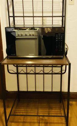 Kitchen Bakers Rack for Sale in Ridgefield,  NJ
