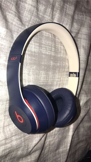 Wireless solo 3 beats Navy blue and red with white for Sale in Renton, WA