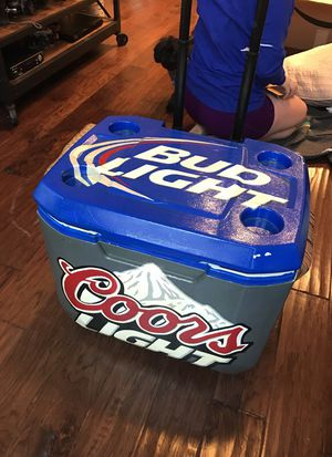 Cooler Ice Chest Wheels Beer Sign Painted cooler yeti for Sale in Austin, TX