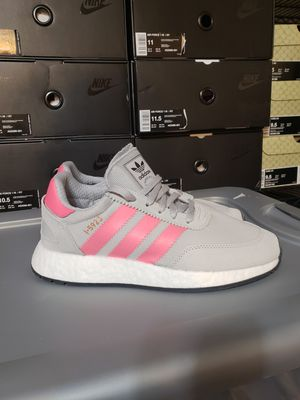 Womens Size 8 Adidas Iniki for Sale in Columbus, OH
