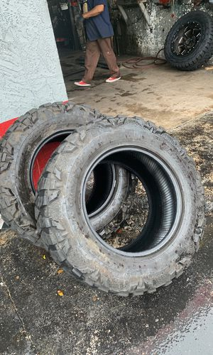 4 Toyo mud terrain tires for Sale in Miami, FL