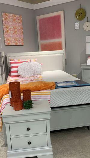 ‼IN STOCK Jorstad King Bed for Sale in Adelphi, MD