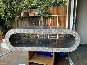 Table for Sale in Temple City, CA