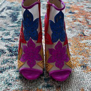 Women's Heels- Jessica Simpson. Size 8.5 for Sale in Miami, FL