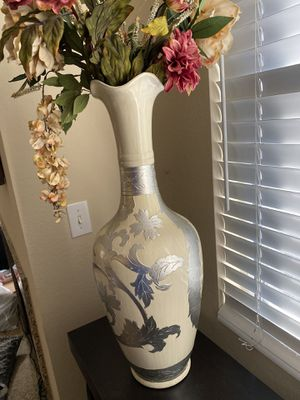 White vase with flowers for Sale in Irvine, CA