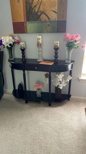 Console table for $100 for Sale in Herndon, VA
