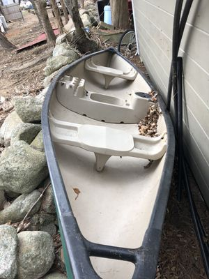 Really cool Old town rogue 14 canoe for Sale in Raynham, MA