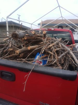 Free wood for Sale in Bakersfield, CA