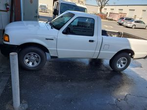 2004 Ford Ranger Regular Cap. 4 cylinder automatic. Super clean , Runs great! for Sale in Modesto, CA