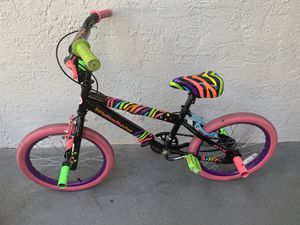Girls bike for Sale in Boynton Beach, FL