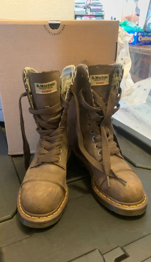 Dr Marten Steel Toed WOMENS Boots (6) for Sale in Imperial Beach, CA