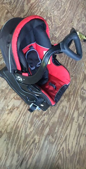 Baby car seat for Sale in Sutton, MA