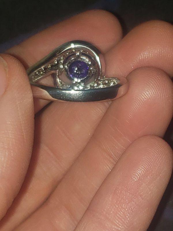 Silver plated amethyst gem stone ring