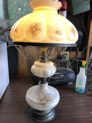 Vintage Hurricane Lamp GWTW for Sale in Beaumont, CA