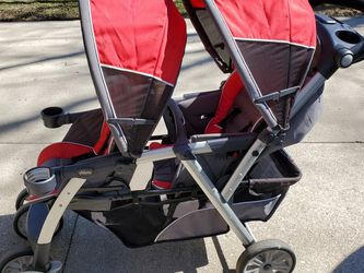 Chicco Double Stroller for Sale in Fairfield,  OH