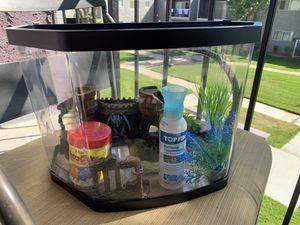 3.5 Gallon Fish Tank for Sale in Palmdale, CA