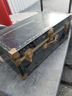 Vintage military foot locker storage trunk collectible antique for Sale in Herndon, VA