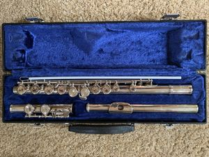 Emerson EF1 Flute with case and music stand for Sale in Strongsville, OH