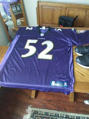 Reebok tennis & NFL RAVENS jersey for Sale in Baltimore, MD