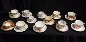 LOT 12 TEA CUPS & SAUCERS for Sale in Santa Maria, CA