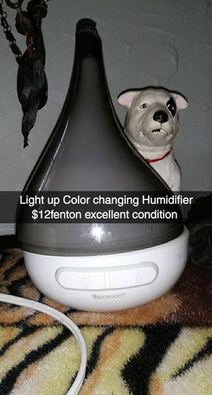 Light changing humidifier for Sale in Fenton, MO