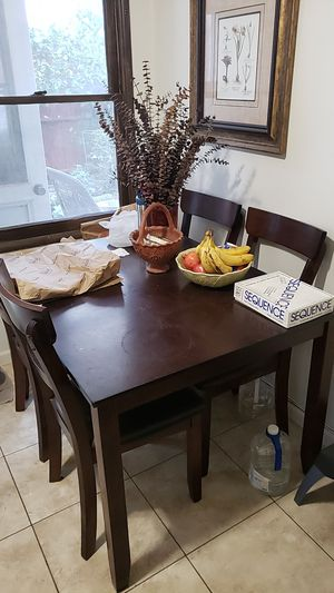 Kitchen Table 4'x3' for Sale in Newport Beach, CA