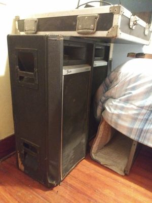 Soundboard and speakers for Sale in Lincoln, NE